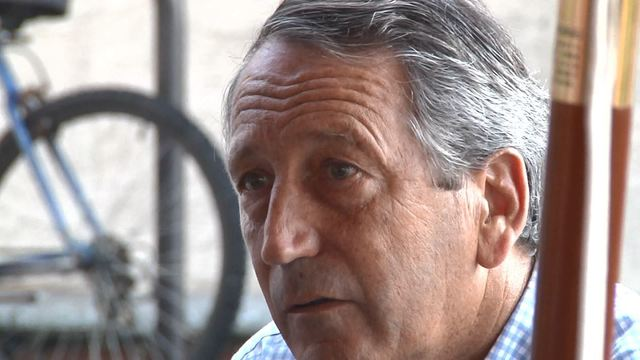 SC Congressman Mark Sanford meets with Beaufort residents for coffee and conversation
