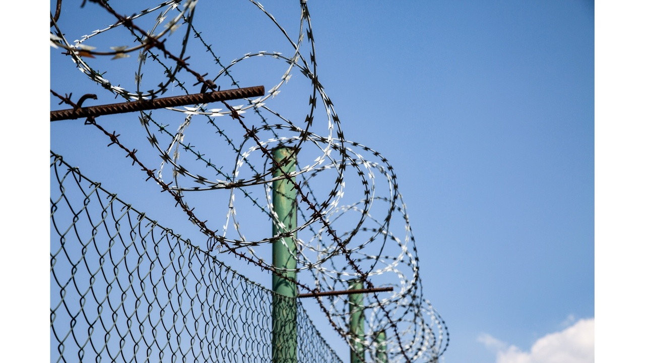 Barbed Wire Lawsuit - WIRE Center •